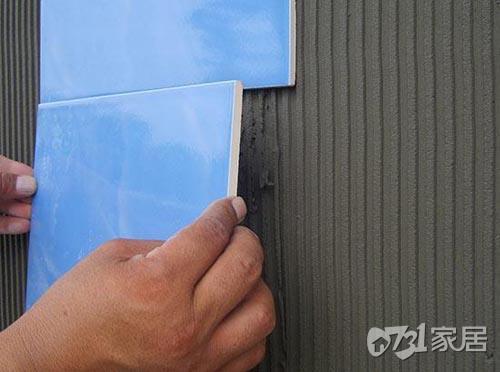 瓷砖薄贴法到底好不好?瓷砖的薄贴法与传统的铺贴法有什么区别