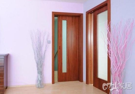 家里安装木门应怎样装好看?木门企业支招木门一定这样装才正确