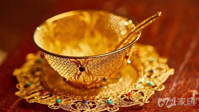 花丝镶嵌技艺几近绝迹 金丝做奢侈品一件价值数十万