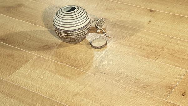 别只顾着地板的价格材质和环保性 还有一样一定要考虑